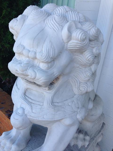 foo dog dragon statue, white